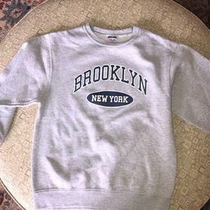 Brooklyn crewneck